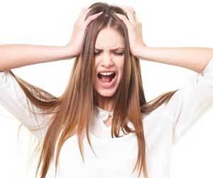 イライラが止まらない-女性-病気-ストレス-仕事-原因-PMS-症状-画像.jpg