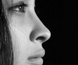 鼻の奥が痛い-喉-頭痛-風邪-血-鼻水-乾燥-鼻の奥がツーン痛い-原因-病気-画像.jpg