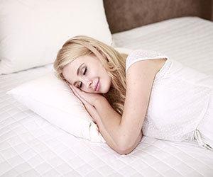 睡眠不足-影響-脳-病気-肌-画像1.jpg