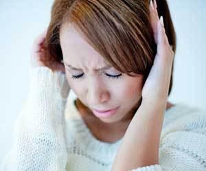 頭が重い-だるい-めまい-眠い-吐き気-朝-寝起き-二度寝-原因-頭痛-画像.jpg